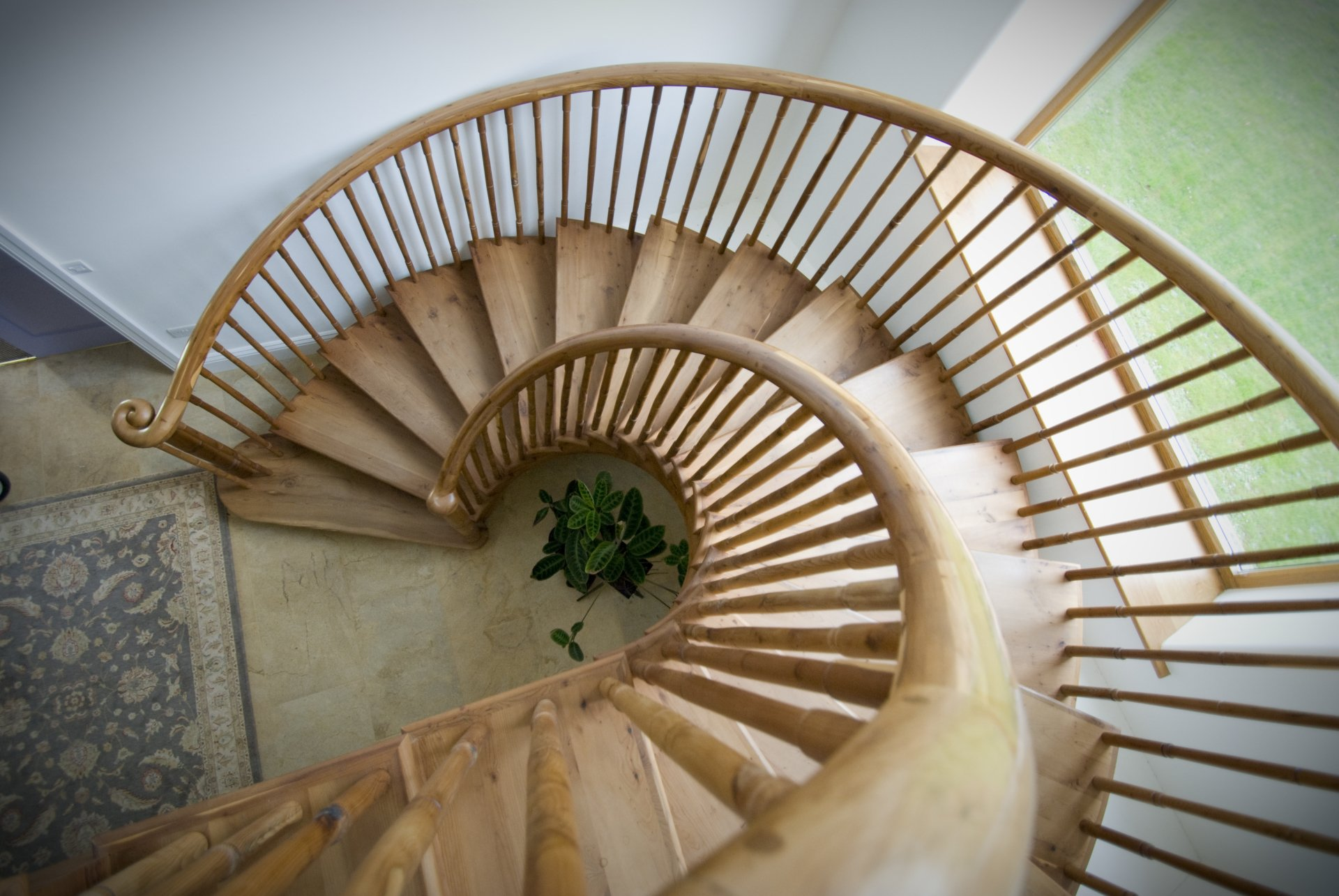 Sprial Staircase curving to the right looking down from above